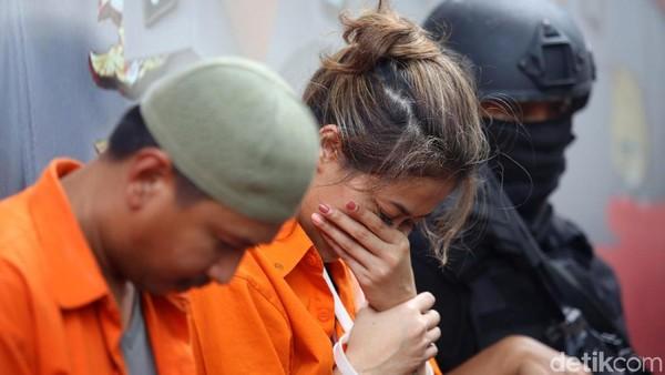 Ditangkap karena Narkoba, Pemain Film Nanie Darham Resmi Ditahan