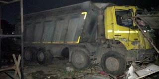 vehicle-crash-labour-15-died-gujarat