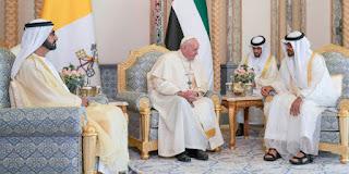 الدائرة الفاتيكانية والإمارات العربية ترسل خمسون طنًا من المعدات الطبيّة