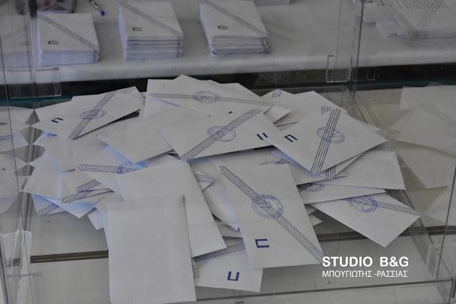 """Άνθρακες ο """"θησαυρός"""" της επανακαταμέτρησης των ψηφοδελτίων στο Δήμο Ναυπλιέων"""