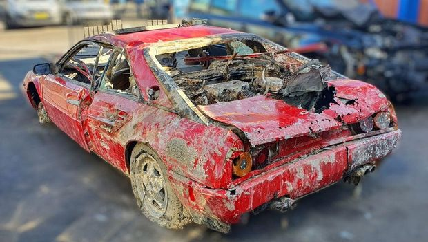 Hilang Selama 26 Tahun, Mobil Ferrari Langka Ditemukan di Dasar Sungai, naviri.org, Naviri Magazine, naviri majalah, naviri