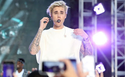 auto-drivers-son-gets-biebers-concert-ticket-for-free