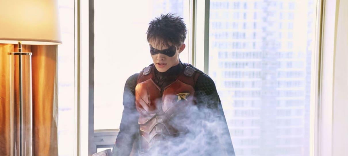 Batman e Robin aparecem juntos em imagem de Titãs