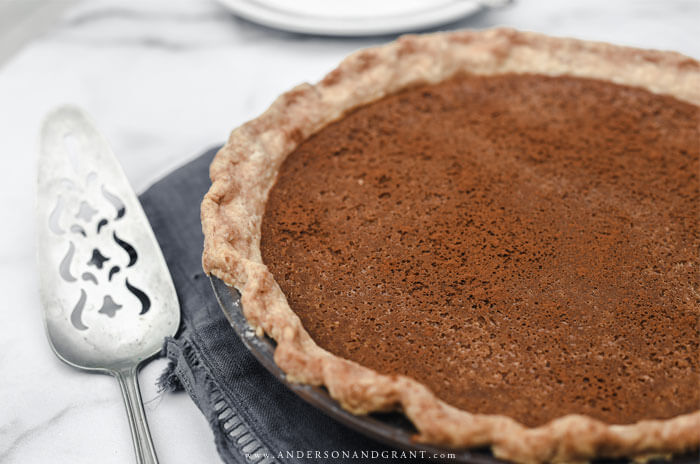 You can't miss out on this delicious apple flavored fall dessert - apple butter pie
