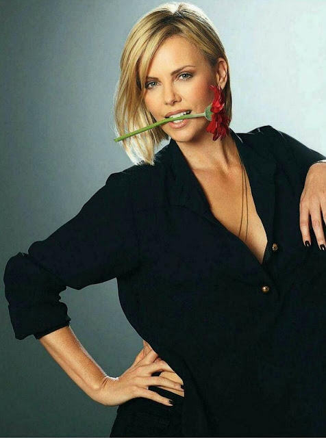 Charlize Theron Wallpaper