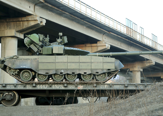 The T-80s future in the Russian Army - Page 13 T-80bvm_emd
