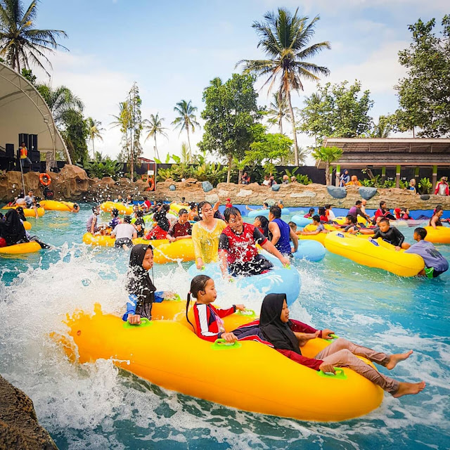 Wisata Waterpark Garut