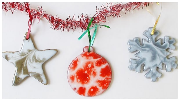 marble-resin-christmas-ornaments