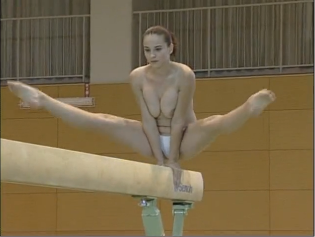Золотая птичка голая гимнастика смотреть онлайн, лижет под юбочкой смотреть онлайн