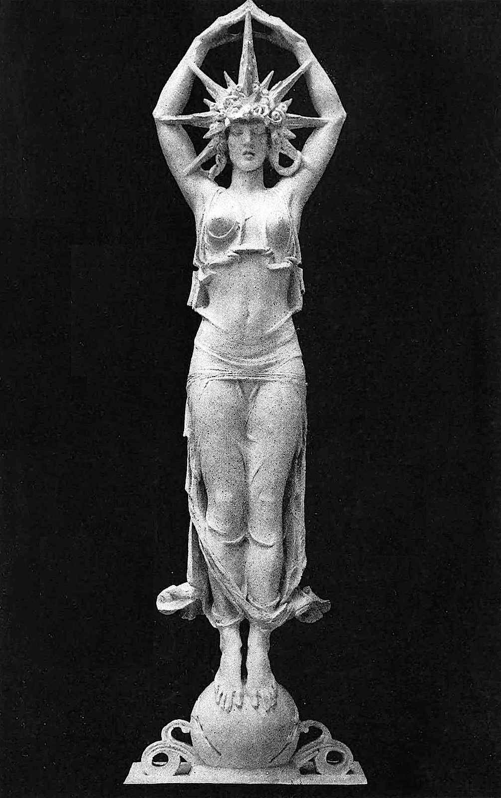 1915 pan pacific expo photo of ornamental sculpture