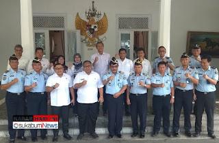 Bupati, ketua DPRD Kab, Sukabumi, dan Kemenkumham beserta jajaran