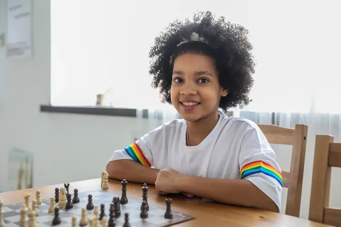 smart girl playing chess, Importance of Entertainment