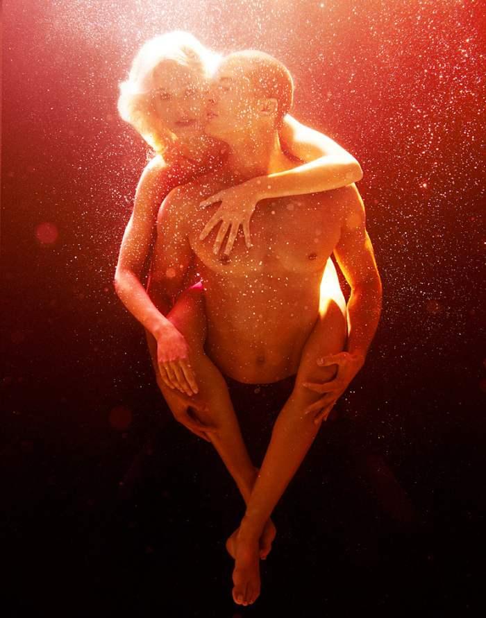 Под поверхностью воды. Michael David Adams