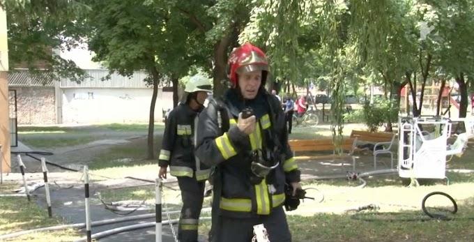 Cigarettája miatt égett halálra a mentős: hatalmas lángok csaptak ki a lakásból (videó)