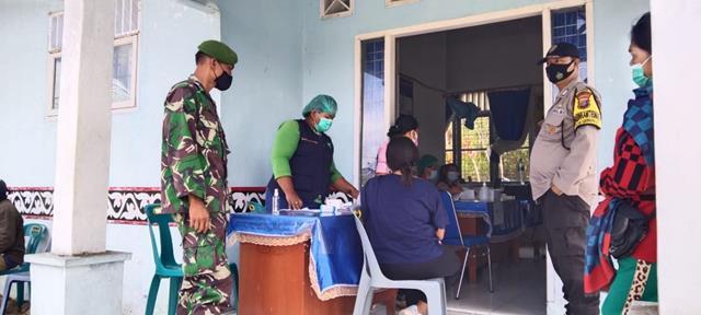 Monitor Pelaksanaan Vaksinasi Tahap-l Dan Ke-ll Didampingi Personel Jajaran Kodim 0207/Simalungun
