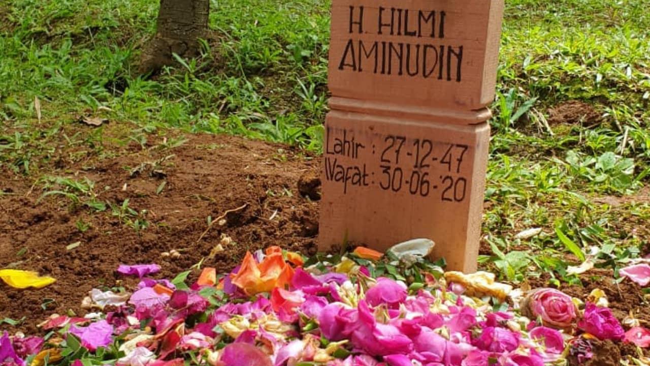 Peti Jenazah KH Hilmi Aminuddin Ringan Sekali