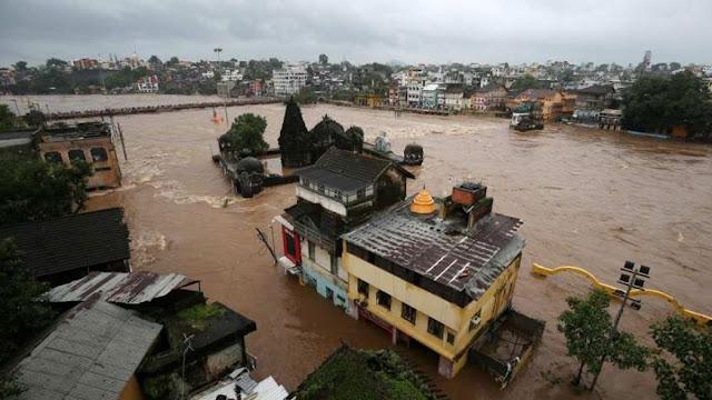 बाढ़ से महाराष्ट्र के कई जिले जलमग्न, सीएम फडणवीस केंद्र से मांगेंगे 6800 करोड़ रुपए