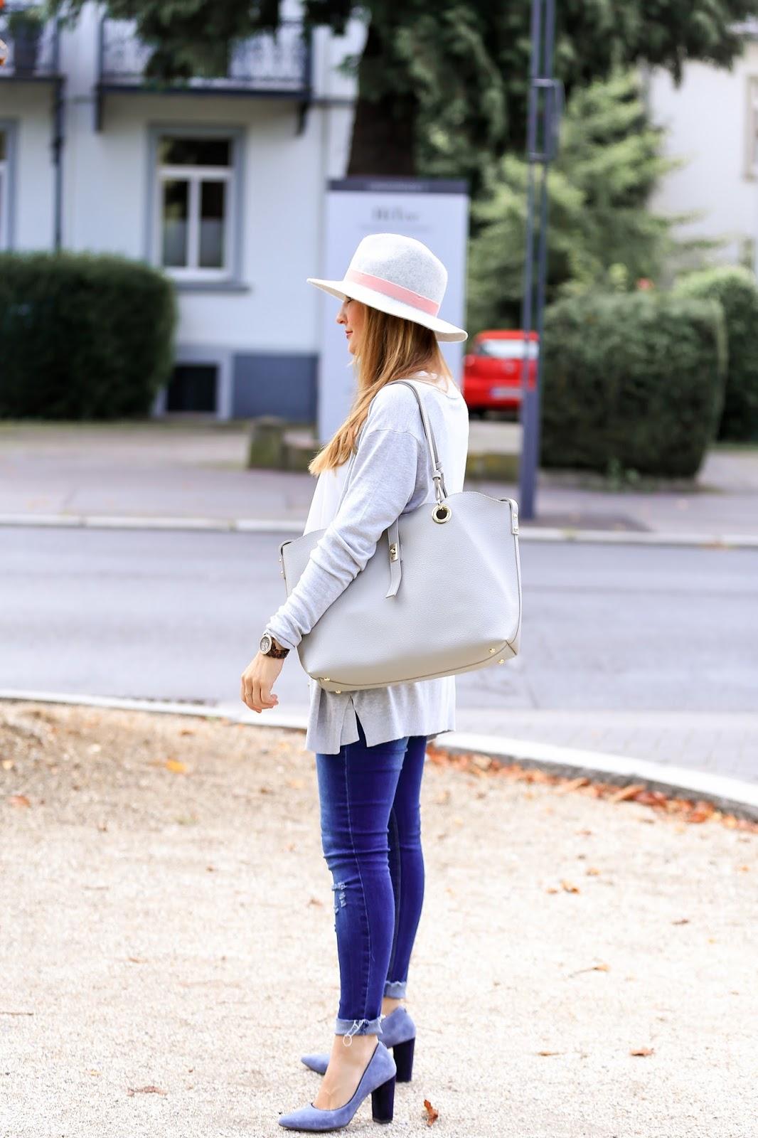 xxl-tasche-shopper-bag-wie-trägt-,man--strickjacken-Wie-trage-ich-einen - grauen-fedora-hut-richtig-kombinieren-bloggerstyle-fashionstylebyjohanna-blogger-aus-deutschland1