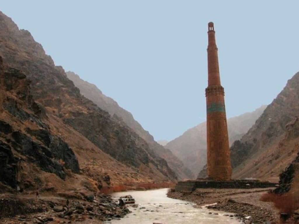 Binaan agung Minaret Of Jam