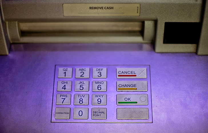 Hackers stole money from European ATMs using Malware-loaded USB Device