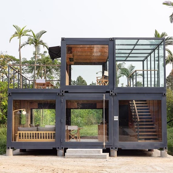 5 Containers House