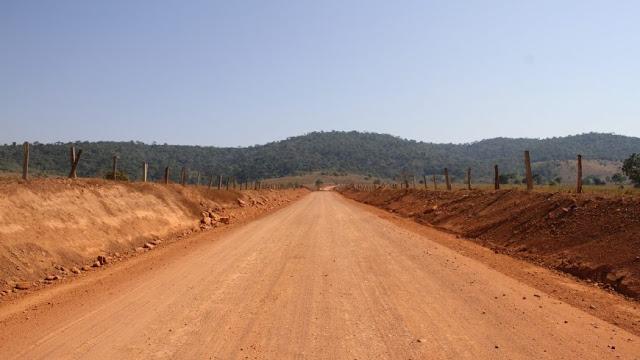 Governo de Rondônia intensifica recuperação de rodovias estaduais em Ji-Paraná e Presidente Médici