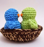 http://www.ravelry.com/patterns/library/little-birds-in-their-nests