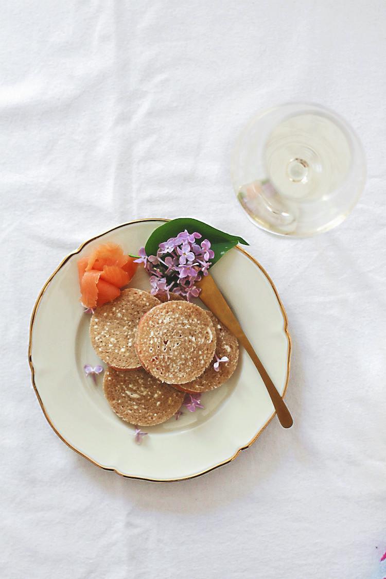Lachsbrote von Louis Outhier mit der Cinema Edition von Piper Heidsieck anlässlich der Internationalen Filmfestspiele von Cannes 2018 {Topfkino} | Arthurs Tochter kocht. Der Blog für Food, Wine, Travel & Love von Astrid Paul