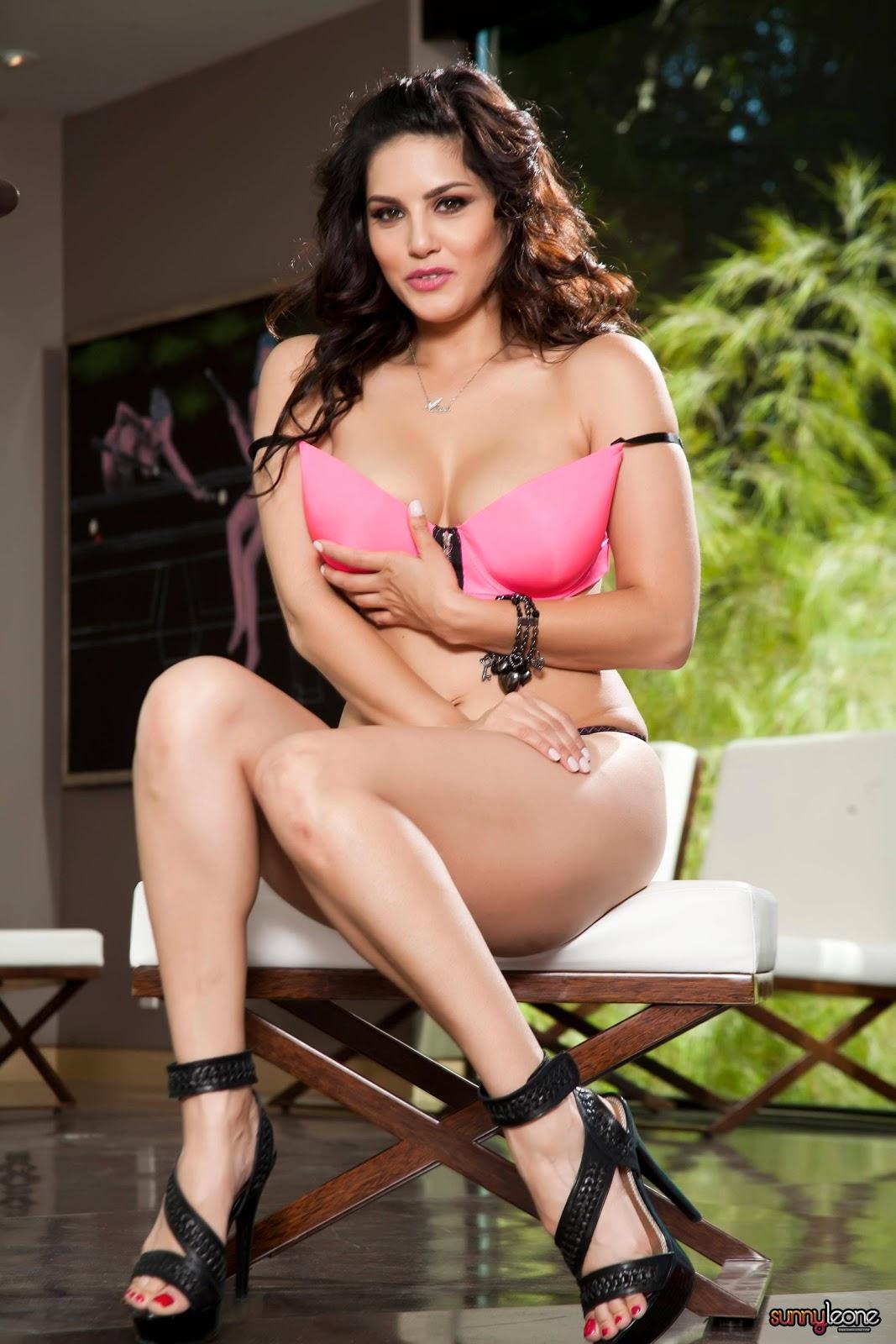 Sunny Leone Nude Hq