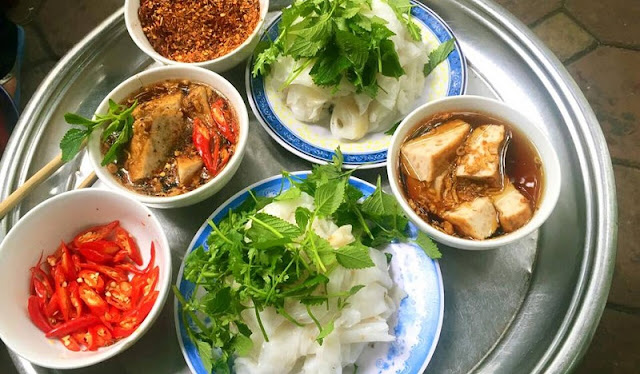 "Top 4 Shop The Best ""Banh Cuon"" Of Hanoi In Mildly Cold Days"