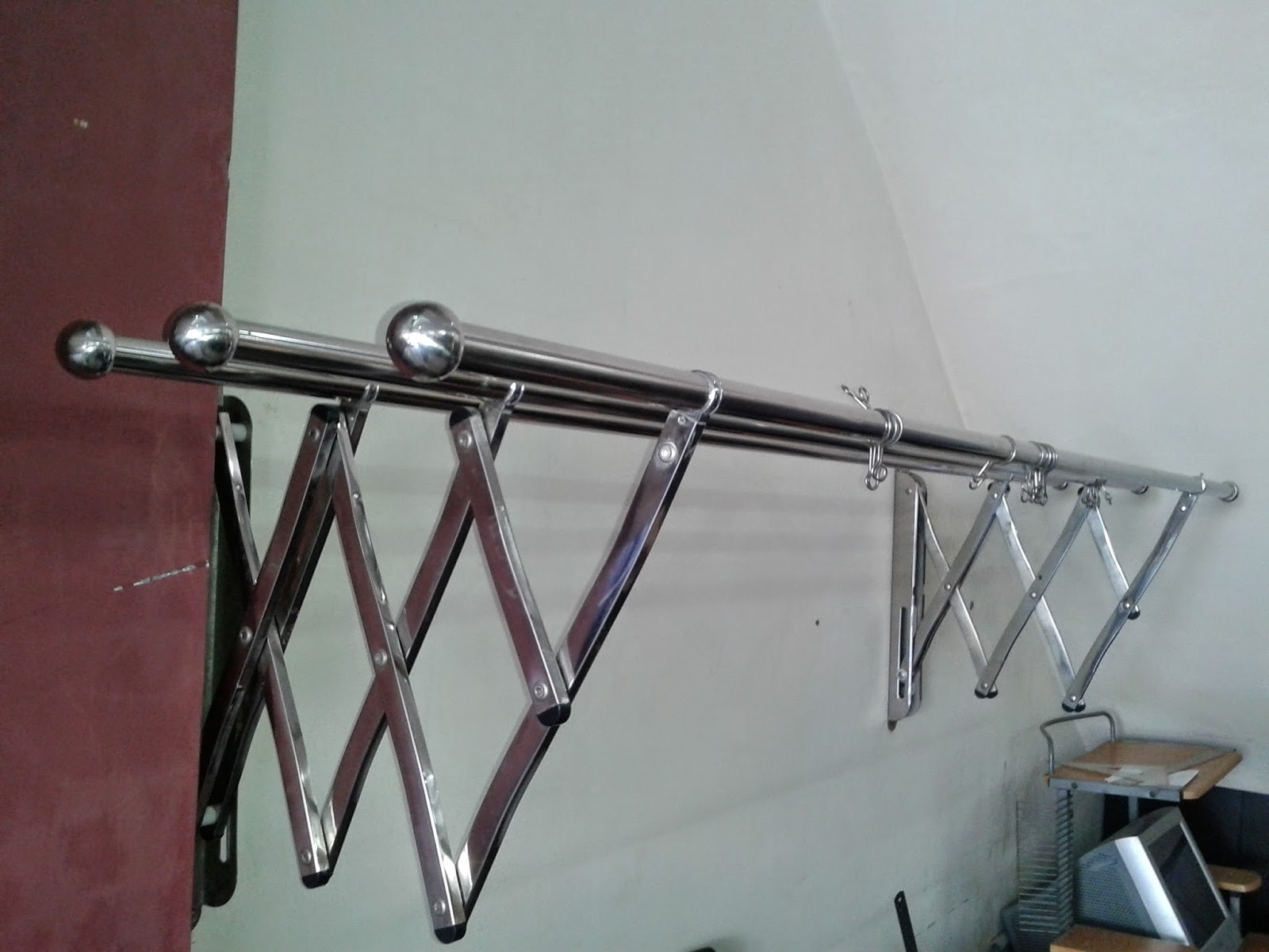 Interior Desain Jemuran Baju Stainless Steel