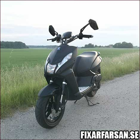 Peugeot-StreetZone-EU-Moped-Toppfart-Otrimmad