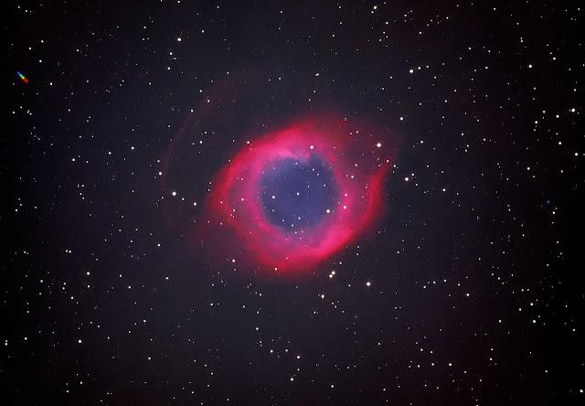 Nebulosa da Helice na luz visível próxima do infravermelho - ESO