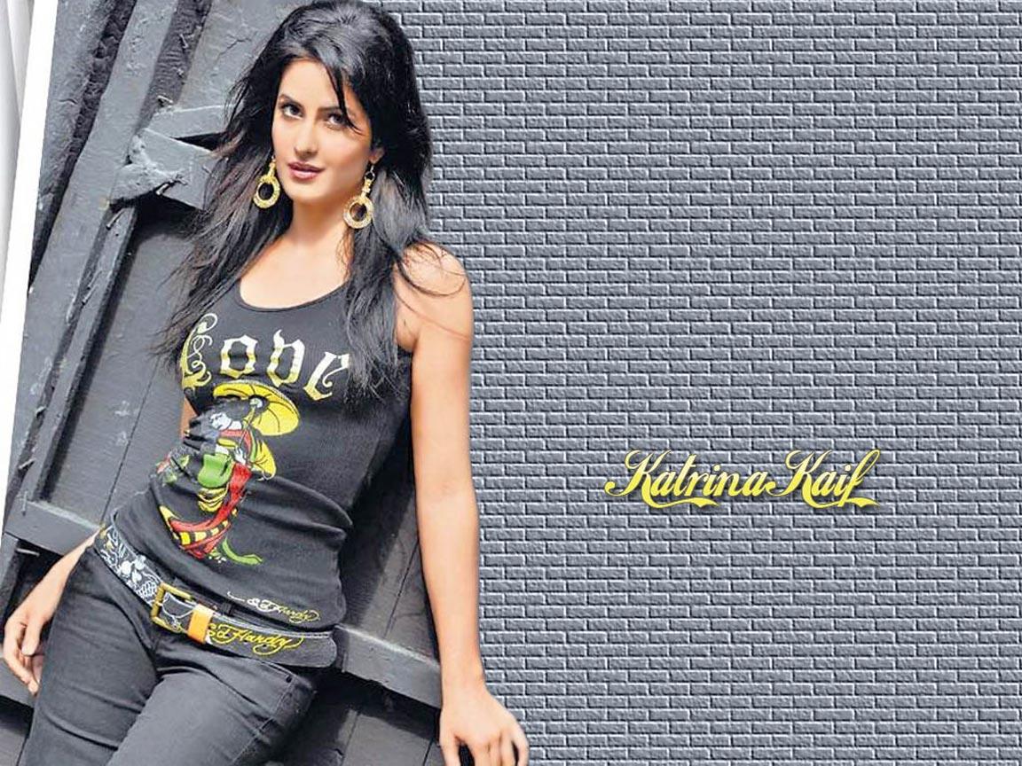 New Hd Wallpapers Sexy Indian Actress Katrina Kaif Navel -9435