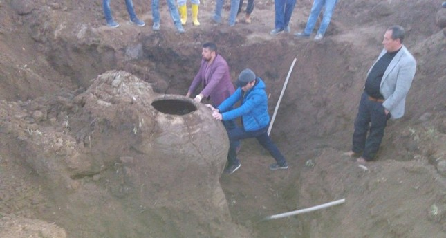 Farmer discovers large Byzantine-era pithos in central Turkey