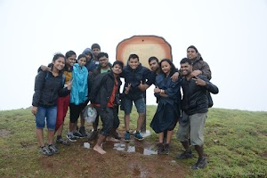 Kudremukh peak group photo 2
