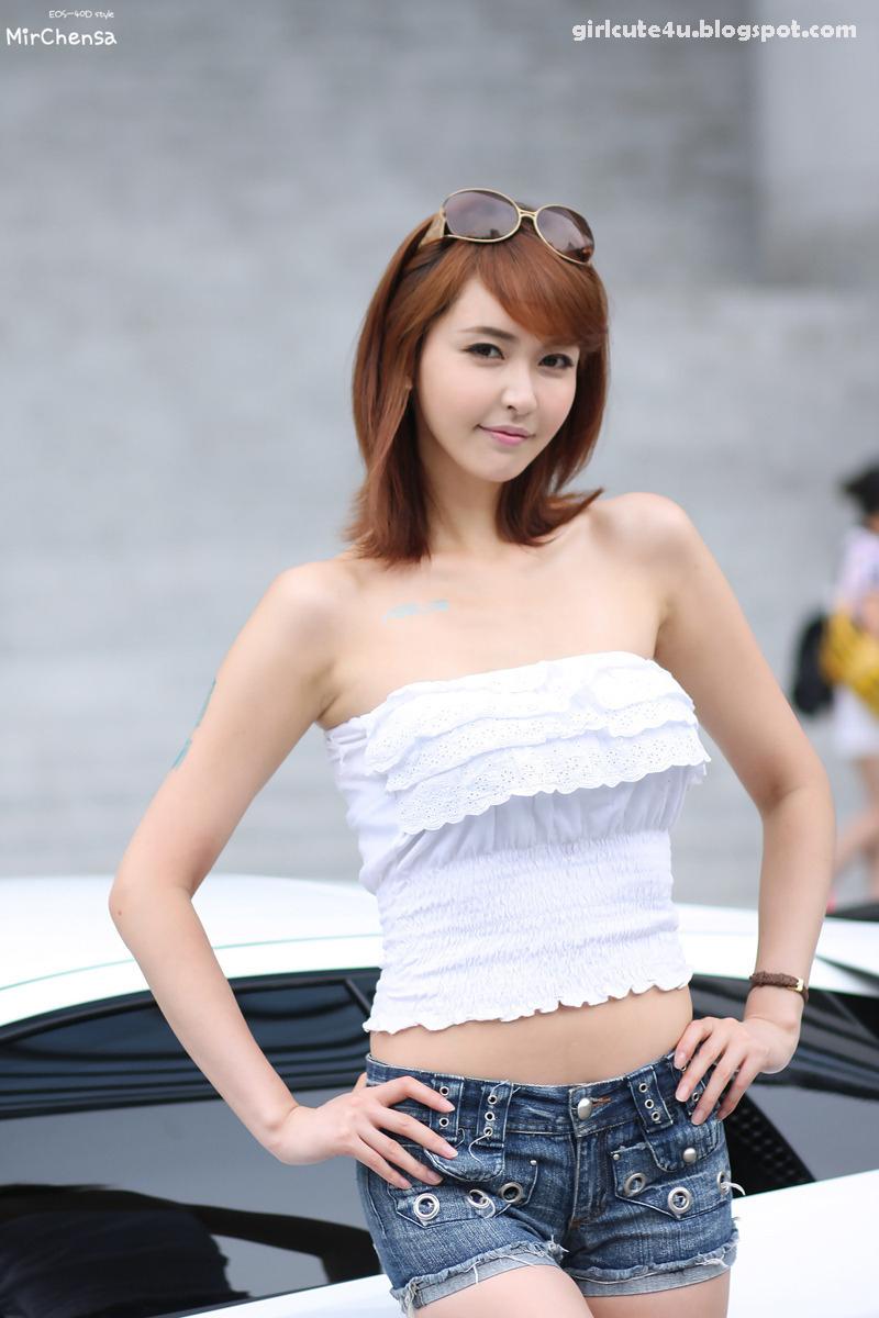 Kang Yui - ASUS Lamborghini VX7 Roadshow ~ Cute Girl ...