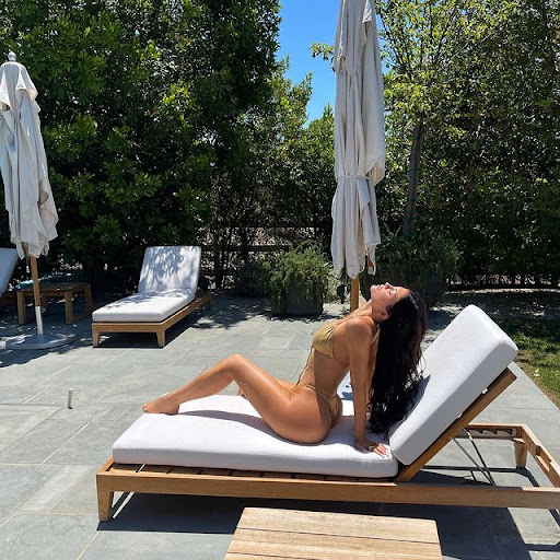 KYLIE JENNER INSTAGRAM OFFICIAL PAGE