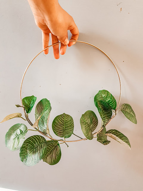 DIY east floral wreath for under $15,