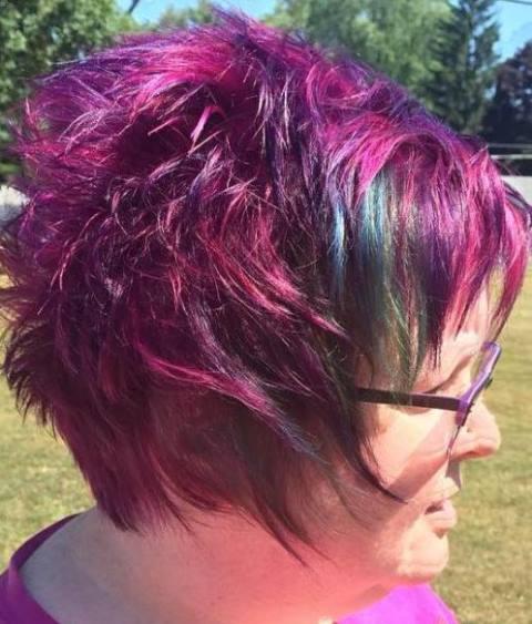 Rambut Lavender Mencolok