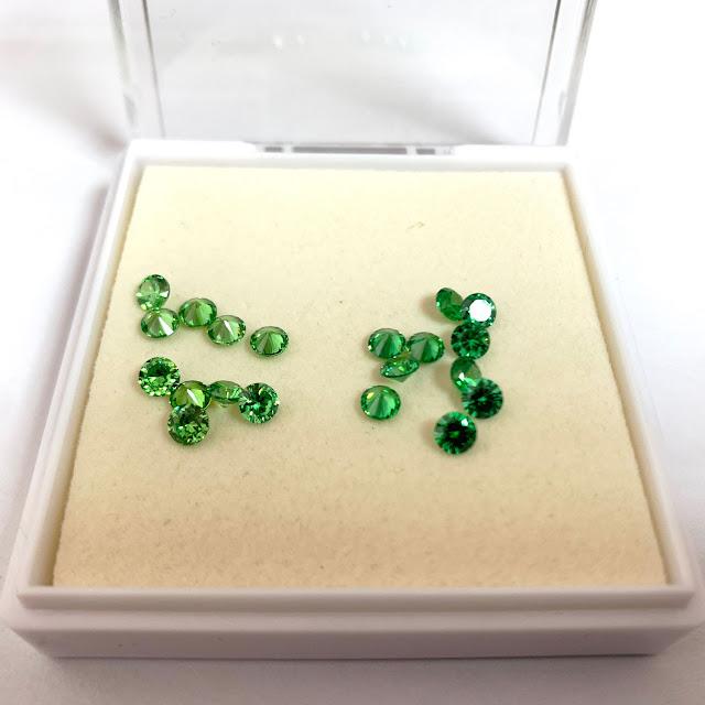 Cubic-Zirconia-Emerald-Green-Light-color-VS-Dark-color-shade-FU-RONG