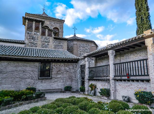 Jardim do Museu Casa de El Greco em Toledo, Espanha