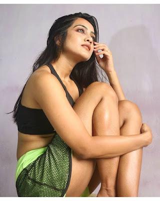 Amika Shail actress
