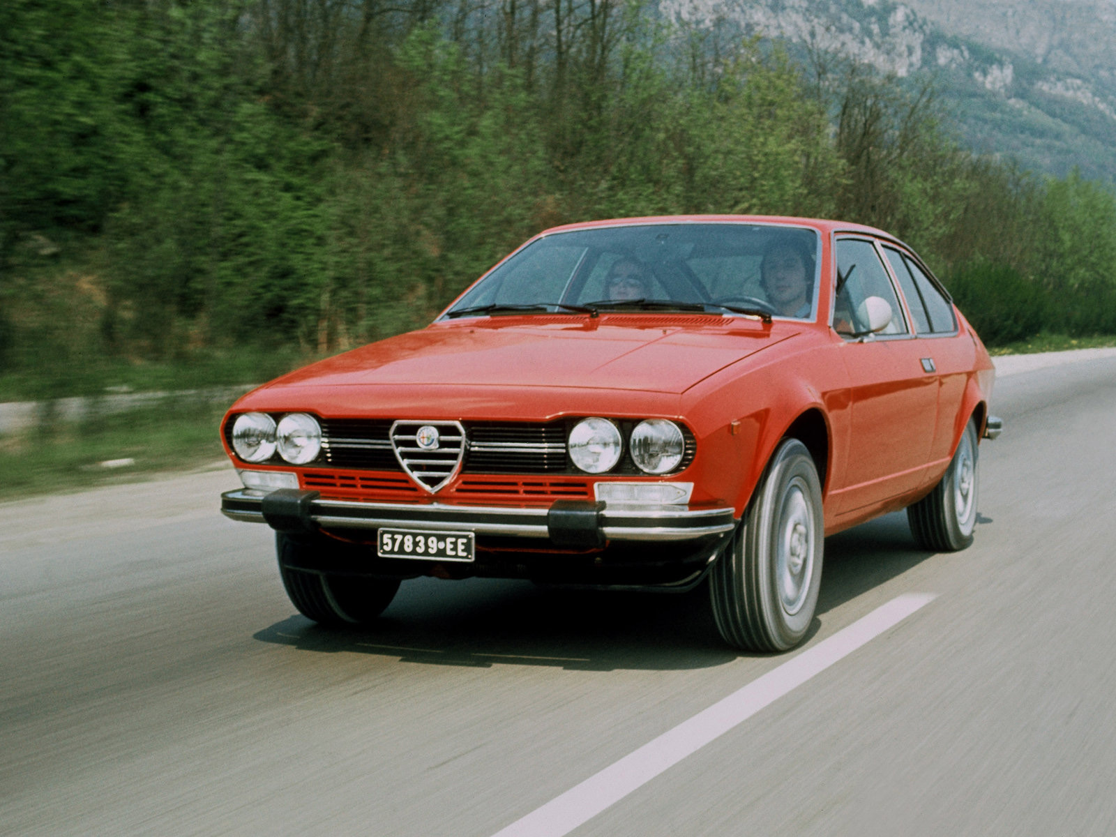 Automotive Database: Alfa Romeo Alfetta
