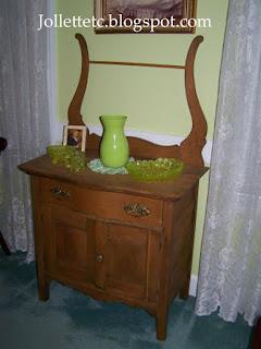 Wash stand  https://jollettetc.blogspot.com