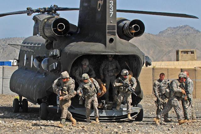 لحماية السفارة... امريكا ترسل 100 جندي من المارينز الى بغداد.