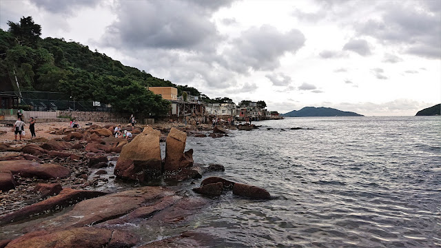 鯉魚門燈塔海灘