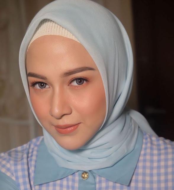 Nina Zatulini Biodata, Agama, Keluarga, Film Dan Profil Lengkap