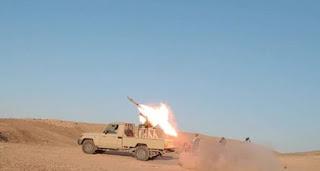 قوات الحشد الشعبي المقدس تدمر رتل لعصابات داعش الارهابي على الحدود السورية العراقية 11-7-2017