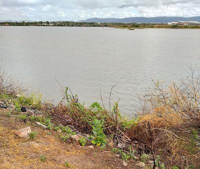 Em Delmiro Gouveia, Secretaria de Meio Ambiente realiza visita técnica no açude do DNOCS e constata que área não oferece nenhum risco de rompimento